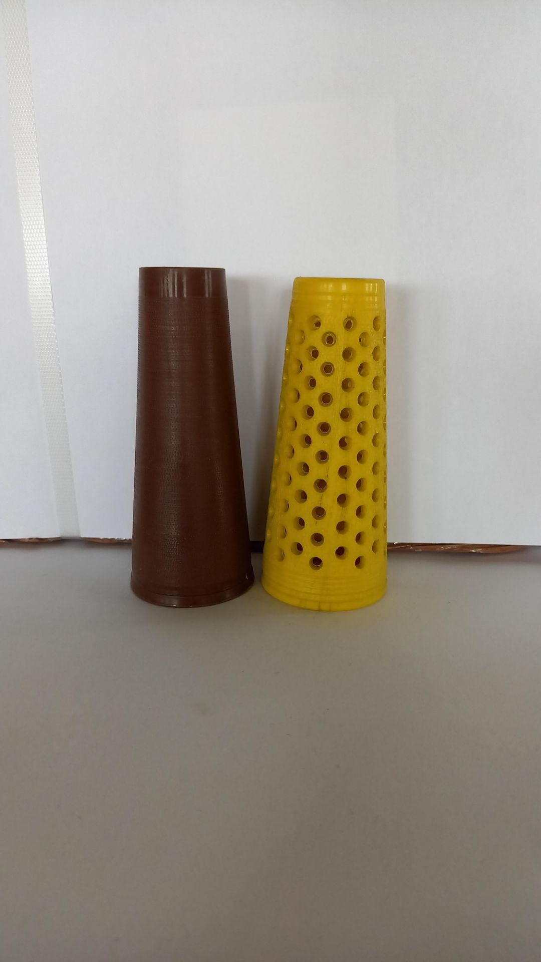 """Pallet of 5"""" Traverse mixed Plastic cones 2.5"""" base to 1.5"""" - Image 2 of 2"""