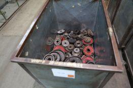 Cart of mixed gear wheels