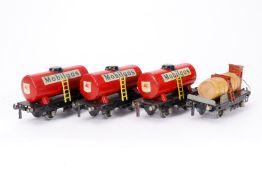 4 Güterwagen, S 0, 1 Achslagerblende fehlt, LS und Alterungsspuren, L 15, Z 3
