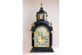 Große englische Uhr in Form einer Moschee, Z. Barraclouch & Sons Leeds, schwarz lackiertes Holzg