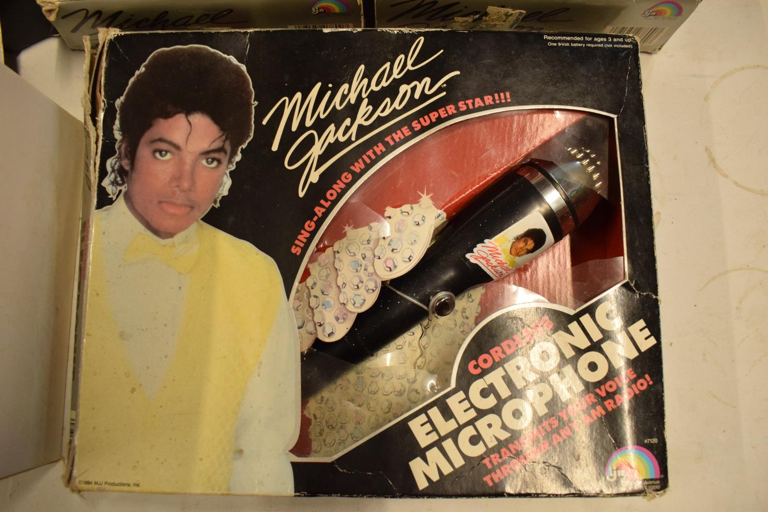 A collection Michael Jackson figures and toys to include 'BAD' figure, electronic microphone and - Image 9 of 9