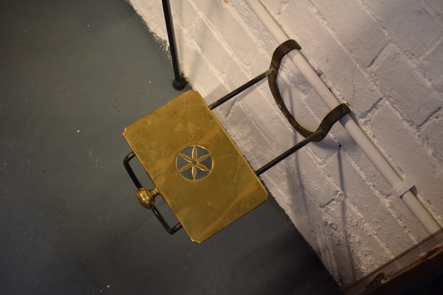 Late Victorian cast iron and brass kettle/ teapot stand for an open fire/ range - Image 3 of 3