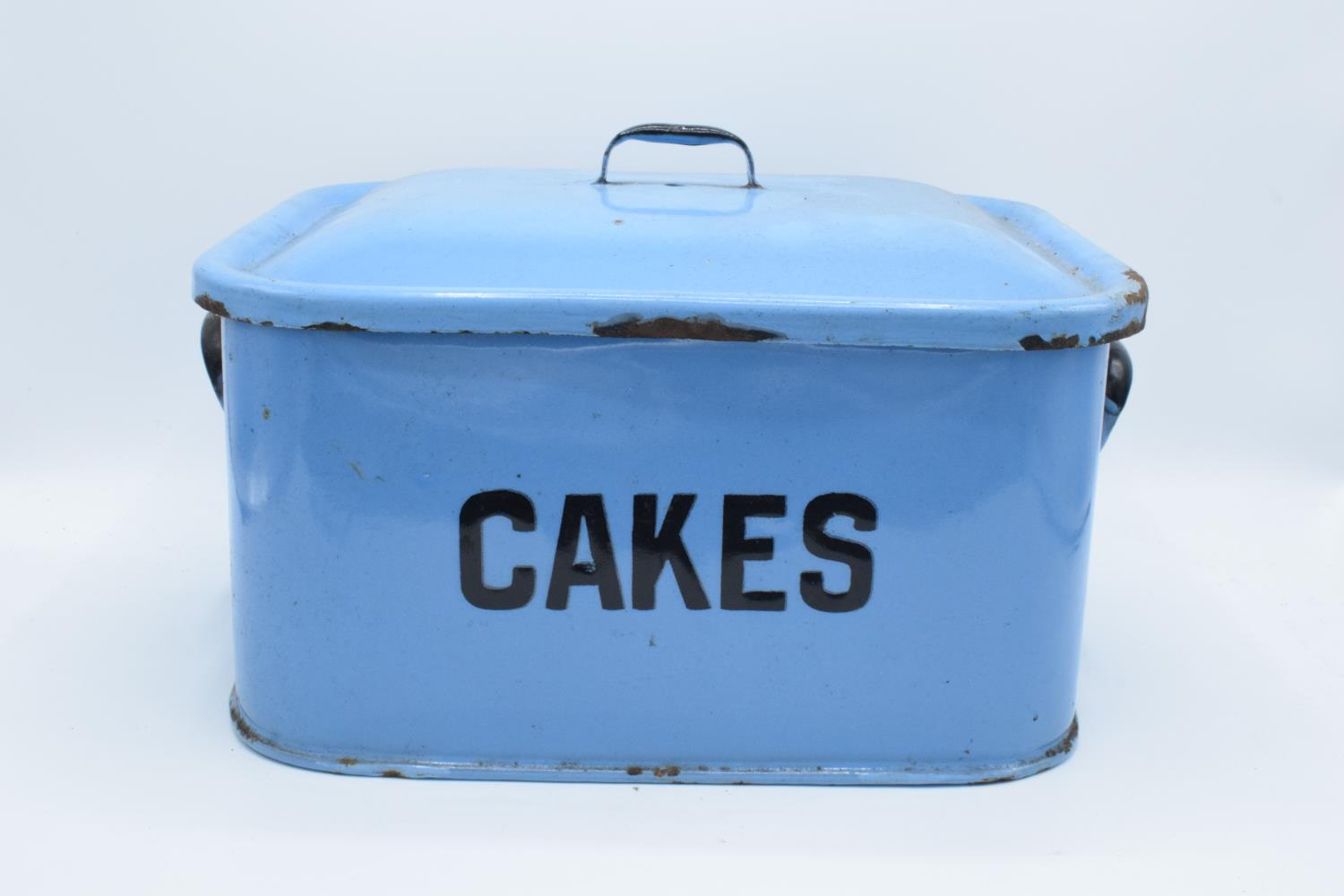 Original 1960s blue enamel cake tin (untouched condition) Loss of enamel in some places, slightly