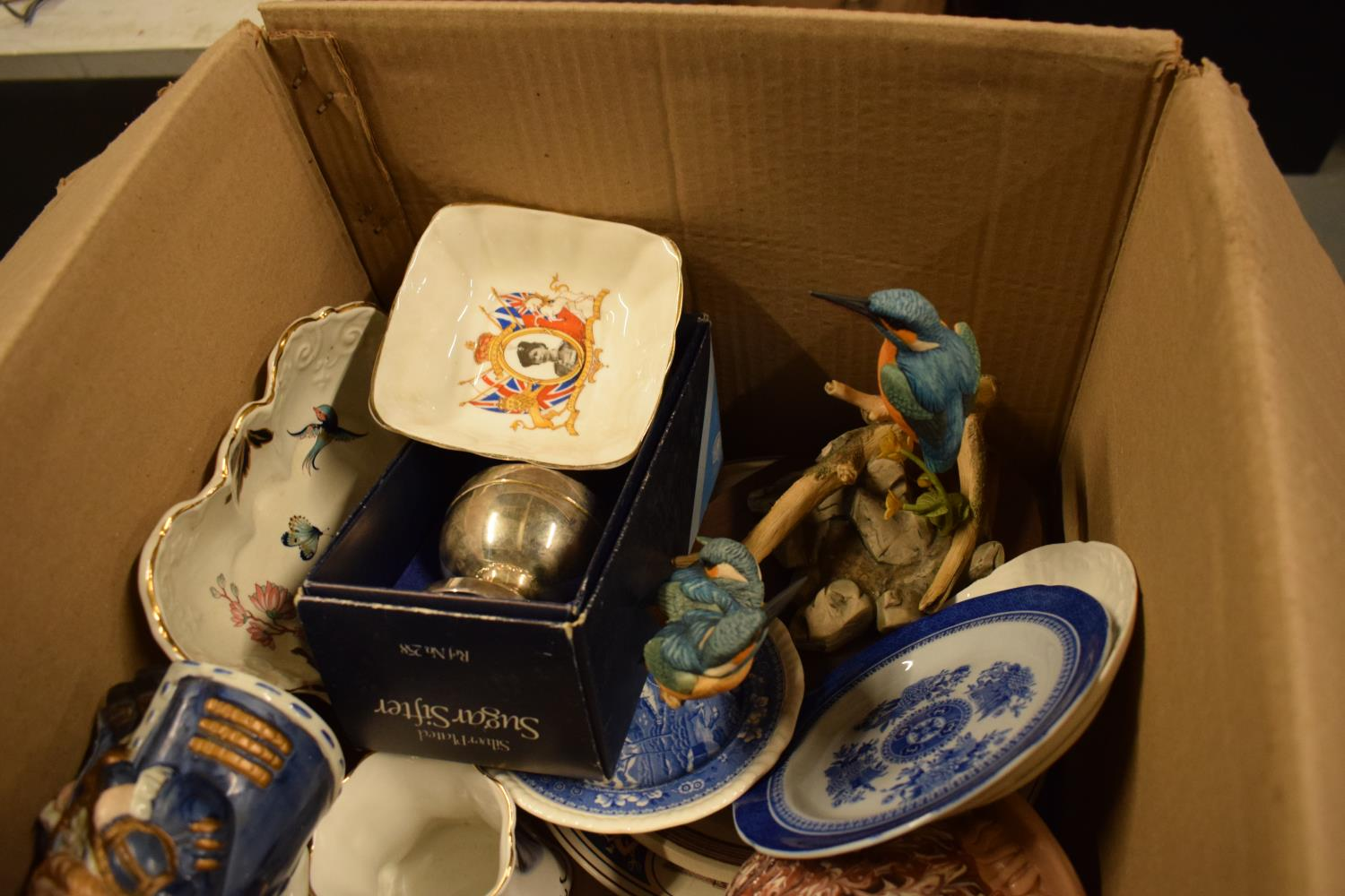 A mixed collection of items to include Spode, Carlton Ware, toby jugs, silver plate etc . - Image 3 of 3