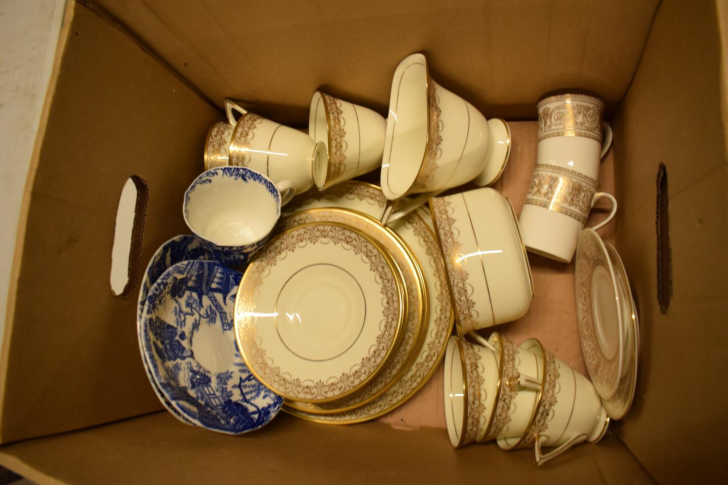 Royal Doulton part tea set and other tea ware. Condition is generally good. No condition reports