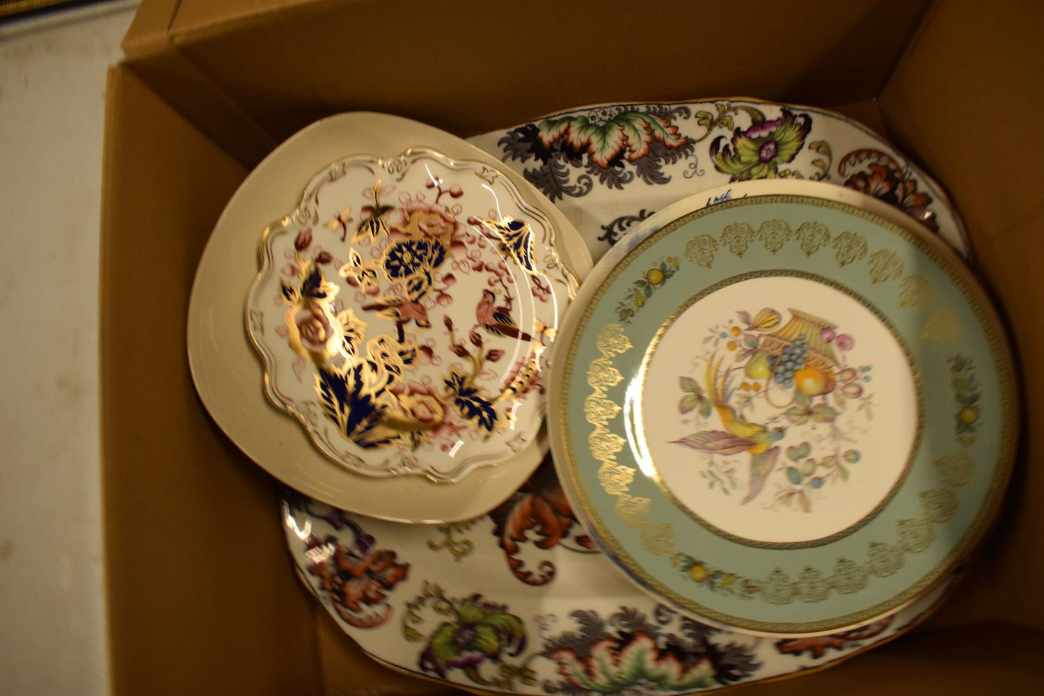 A mixed collection of items to include a parasol, Carlton Ware, Aynsley etc Condition is mixed. No - Image 3 of 4