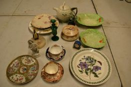 A mixed collection of items to include novelty golf teapot, Aynsley, Carlton Ware etc Condition is