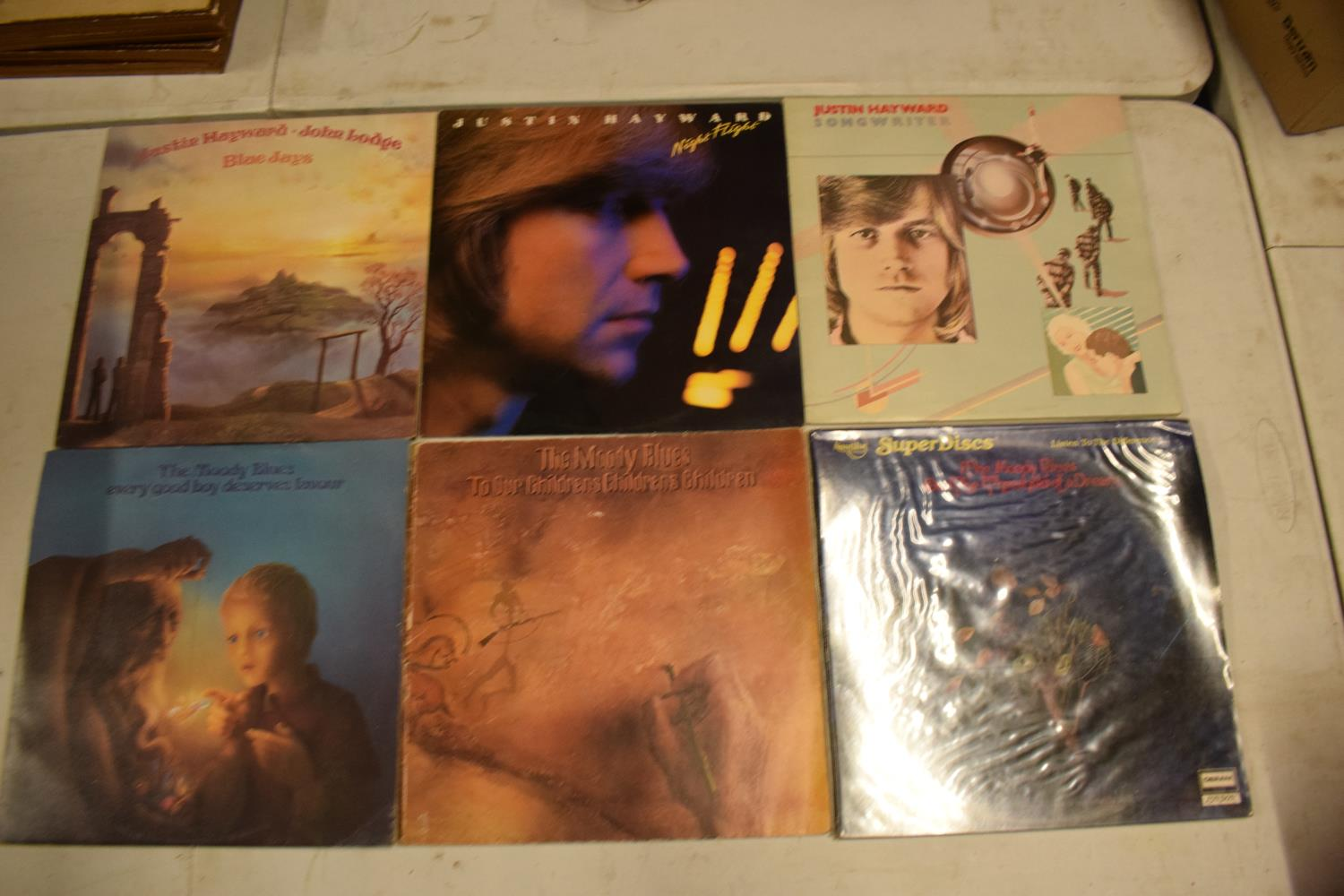 A varied of collection of vinyl records to include easy listening, 80s, rock, blues etc (100+) In - Image 4 of 6