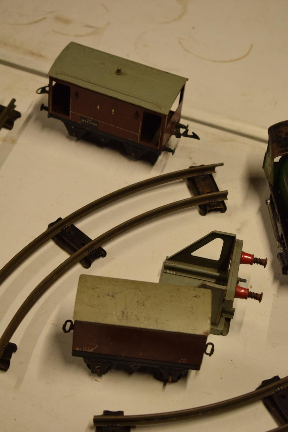 A collection of Hornby (Meccano Ltd) model trains, carriages and track (well used) All in bad and - Image 4 of 9