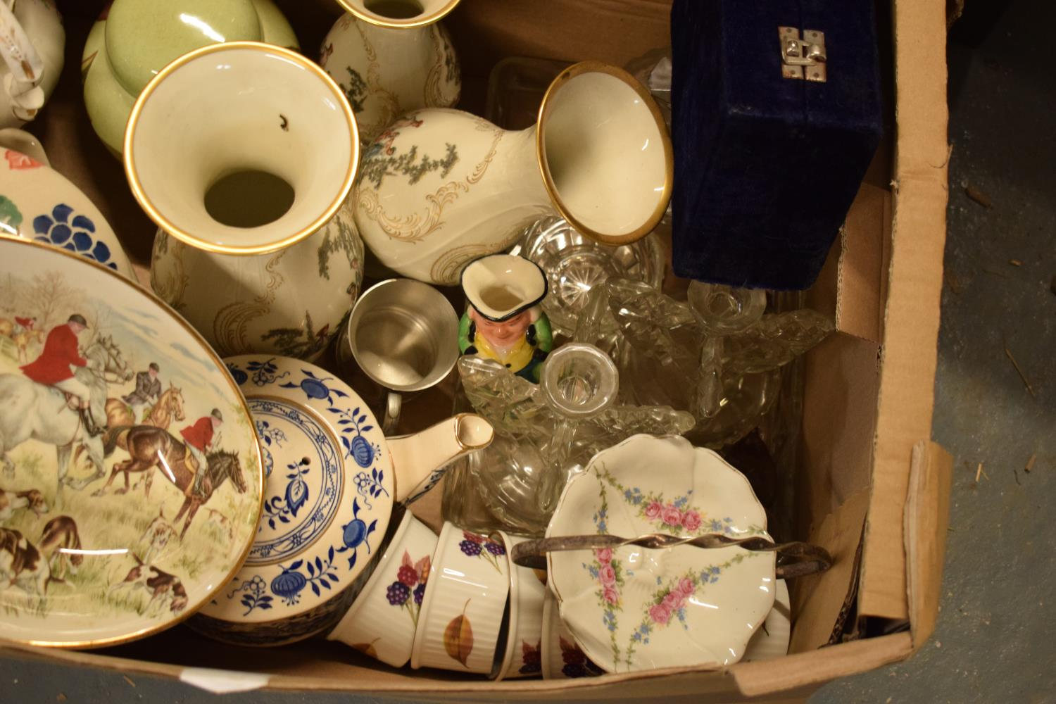 A mixed collection of items to include Royal Worcester, Carlton Ware, a glass dressing table set - Image 4 of 4