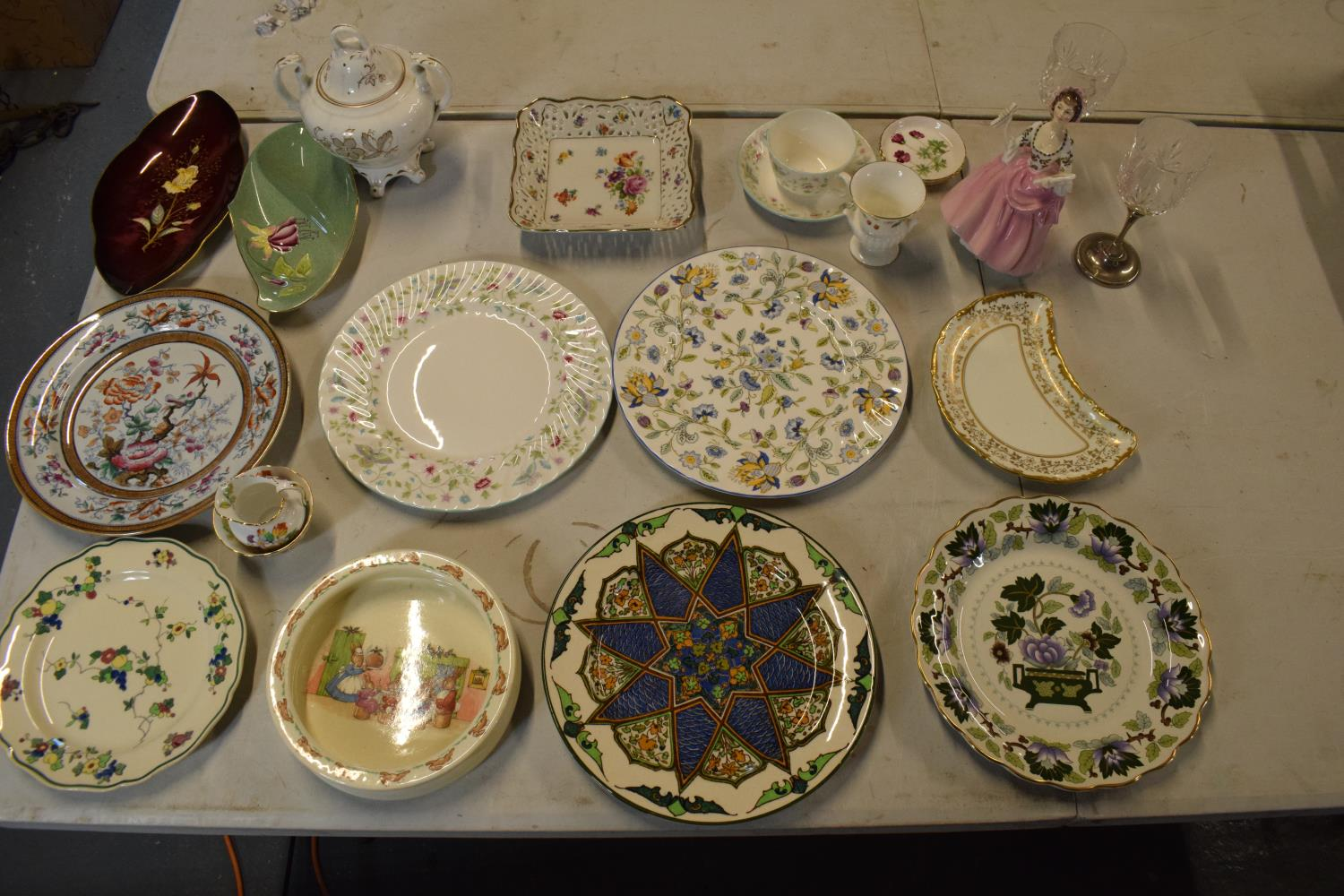A mixed collection of items to include Minton dinner plates, Royal Doulton, Carlton Ware etc. Please - Image 2 of 8