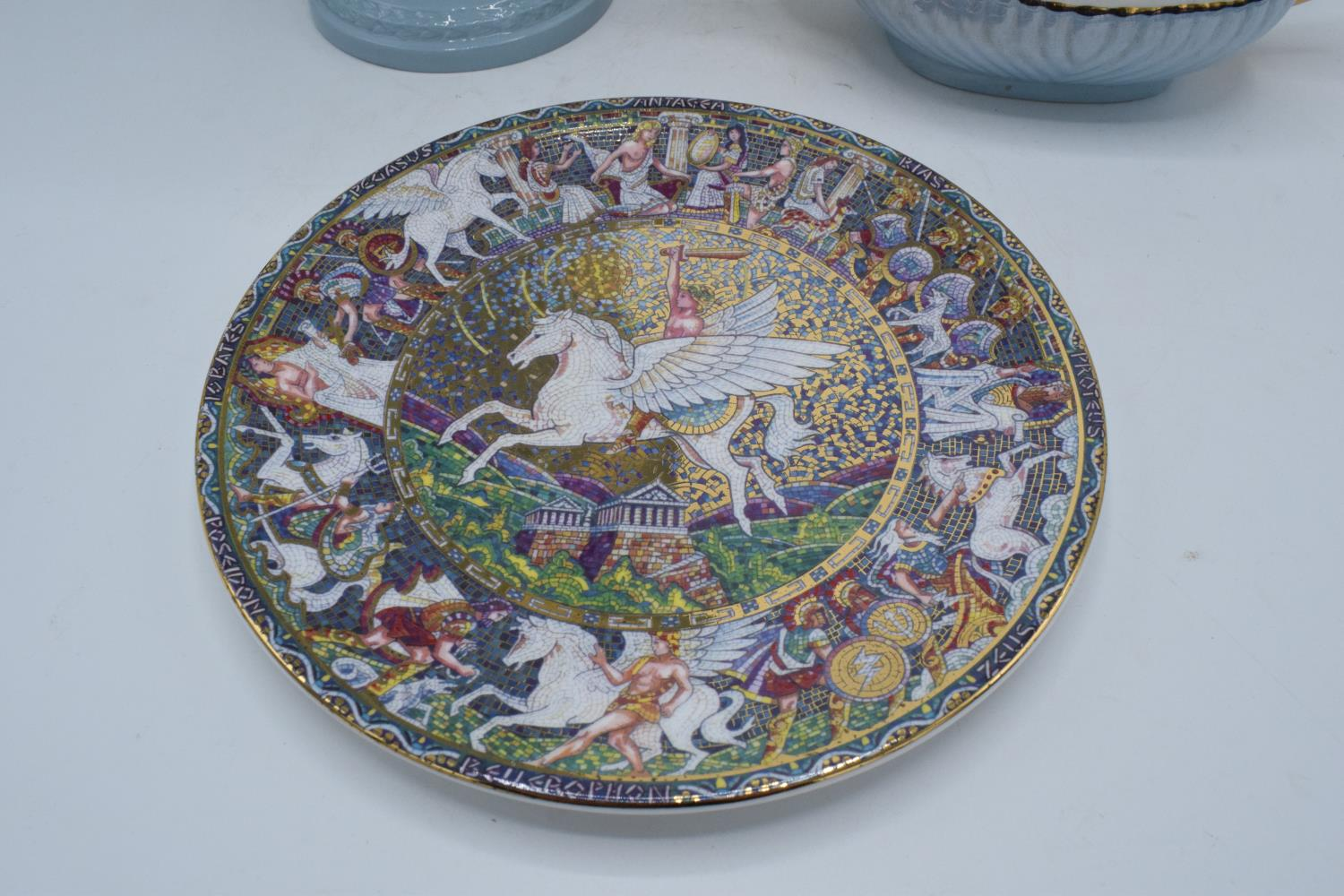 A collection of items to include a large Wedgwood Queensware vase, a Royal Worcester plate of - Image 4 of 4
