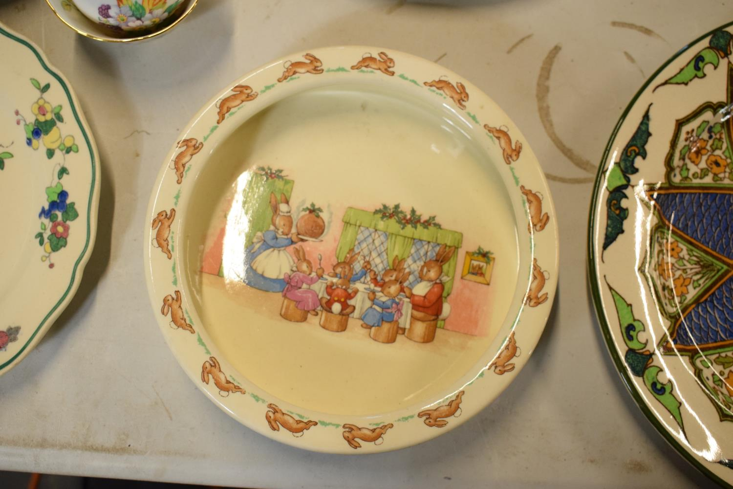 A mixed collection of items to include Minton dinner plates, Royal Doulton, Carlton Ware etc. Please - Image 8 of 8
