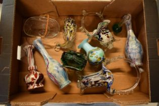 A mixed collection of glassware to include Murano-style items such as fish, baskets, vases etc. No