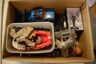 A mixed collection of toys and figures to include Star Wars, Doctor Who etc.