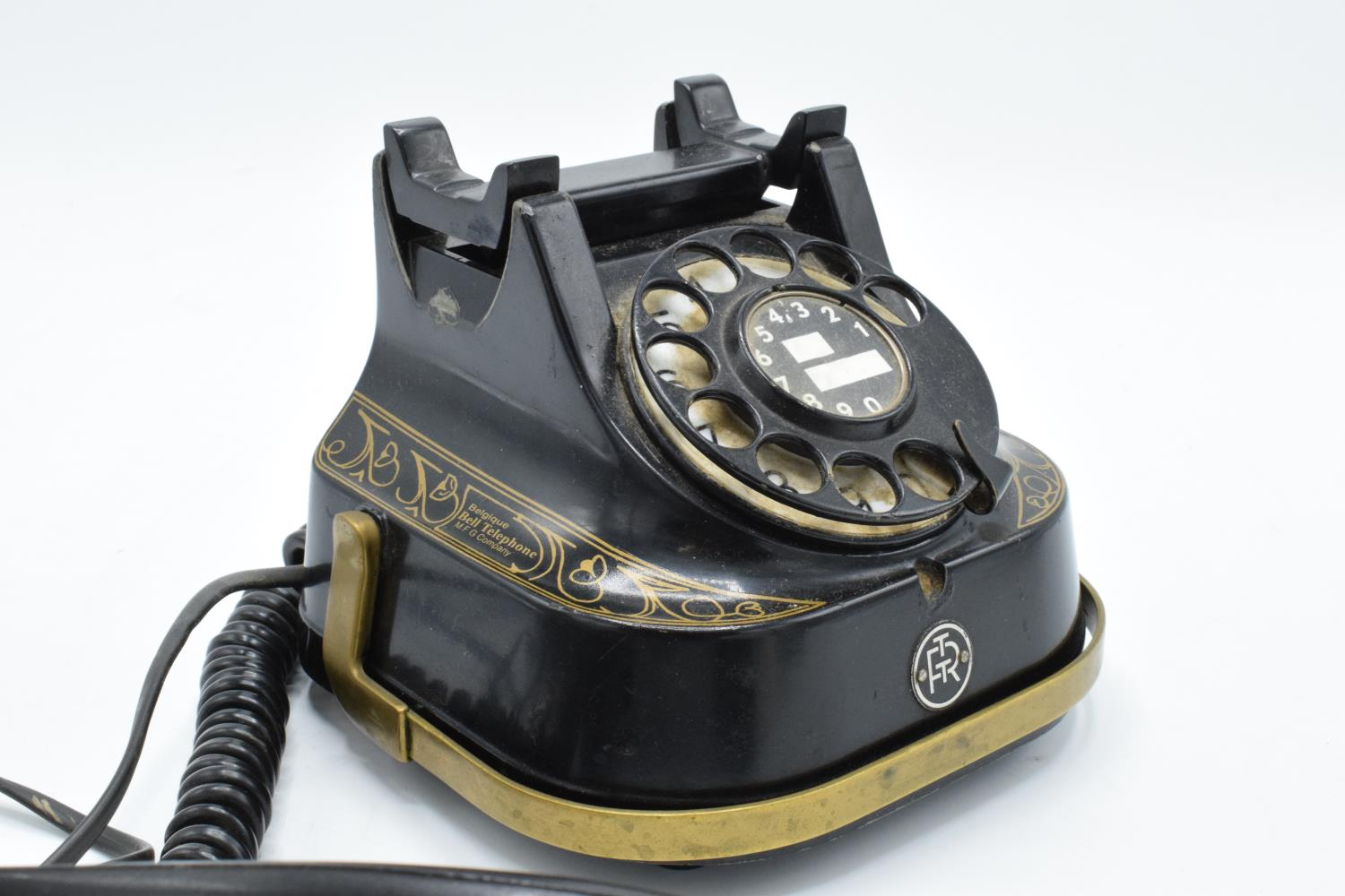 MFG Company Bell Telephone Belgique with Bakelite phone. Displays well. Untested. 16cm tall. - Image 4 of 7