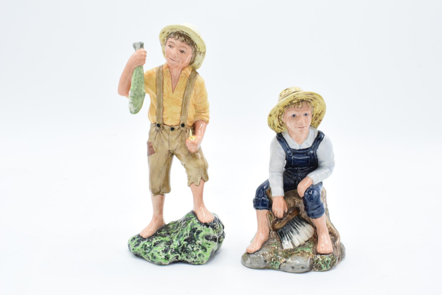 Royal Doulton character figures Huckleberry Finn HN2927 and Tom Sawyer HN2926 (2). In good condition