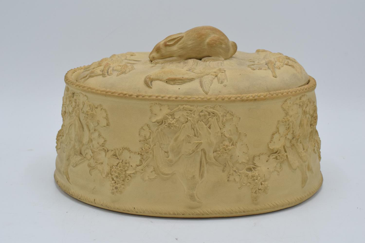 Wedgwood Caneware game pie dish with a rabbit finial (a/f). The main body is in good condition