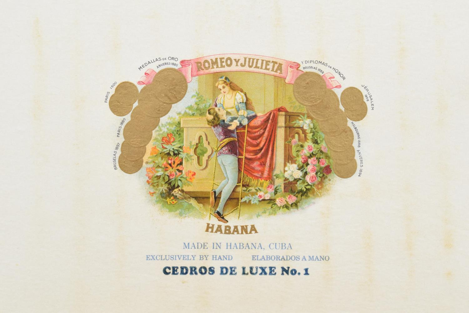 A cased set of 25 Romeo y Julieta Cedros De Luxe No.1 cigars made in Habana, Cuba. Appear to be in - Image 4 of 11