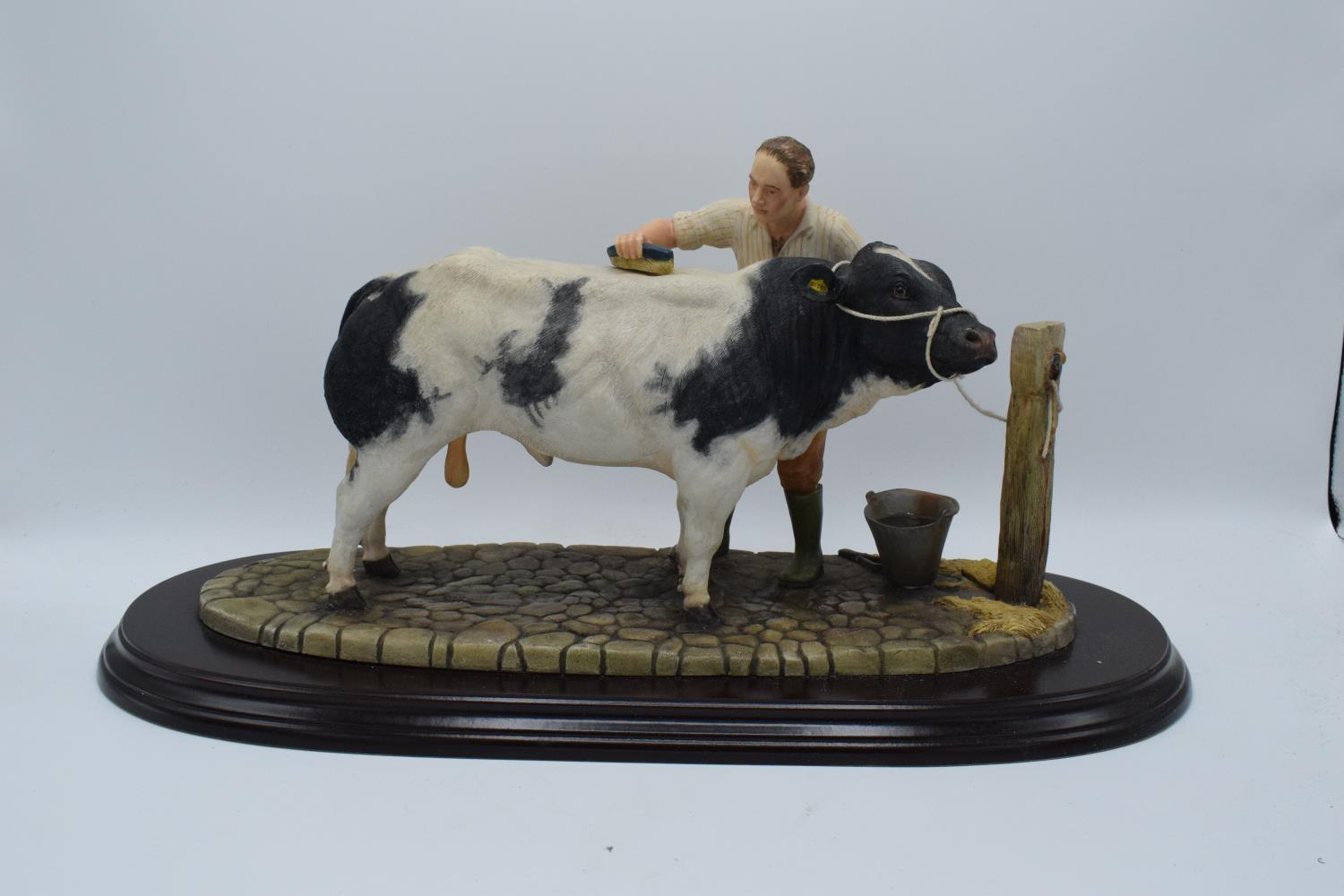 Boxed Country Artists countryside figure of a Belgian Blue- 'The Winning Partnership'. In good