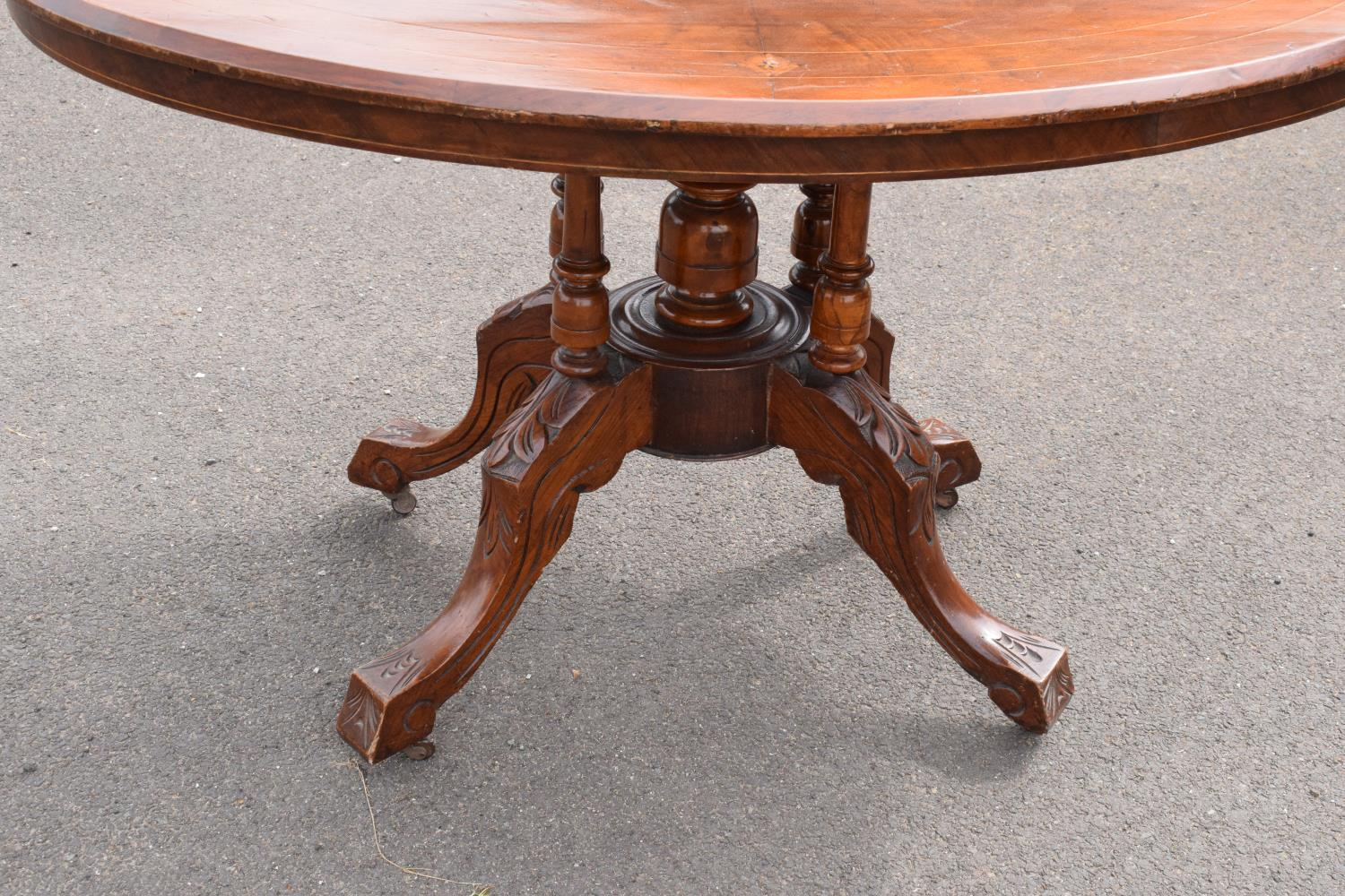 Late 19th century Victorian walnut veneered table with tilt top movement. In good condition with - Image 5 of 7