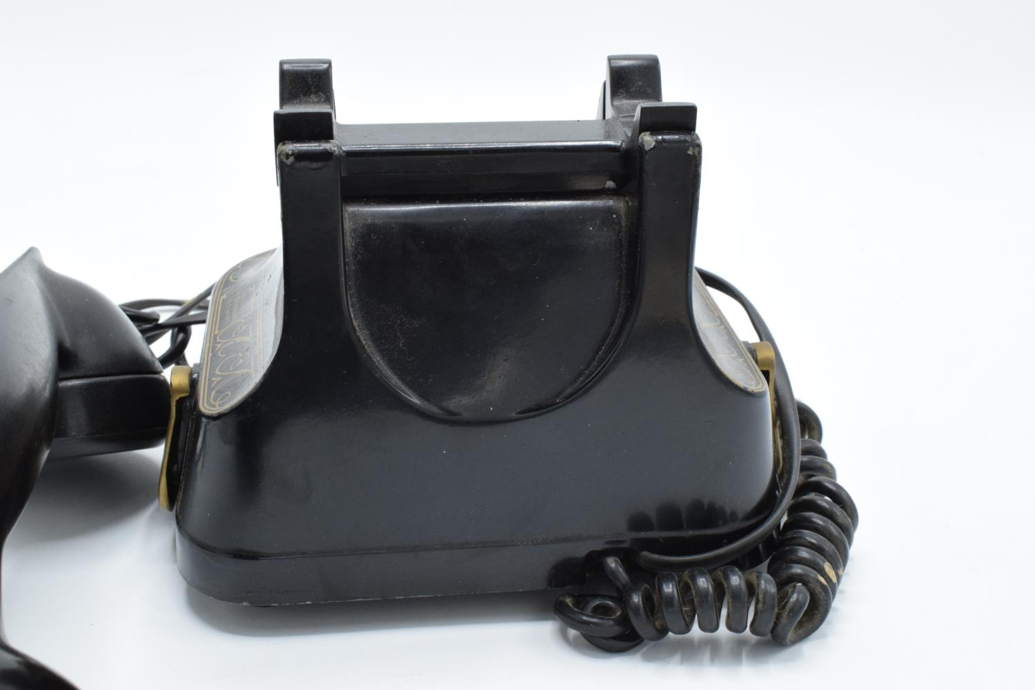 MFG Company Bell Telephone Belgique with Bakelite phone. Displays well. Untested. 16cm tall. - Image 5 of 7