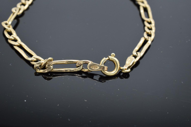 9ct hallmarked gold link bracelet, 19cm in length. 1.9 grams - Image 3 of 3