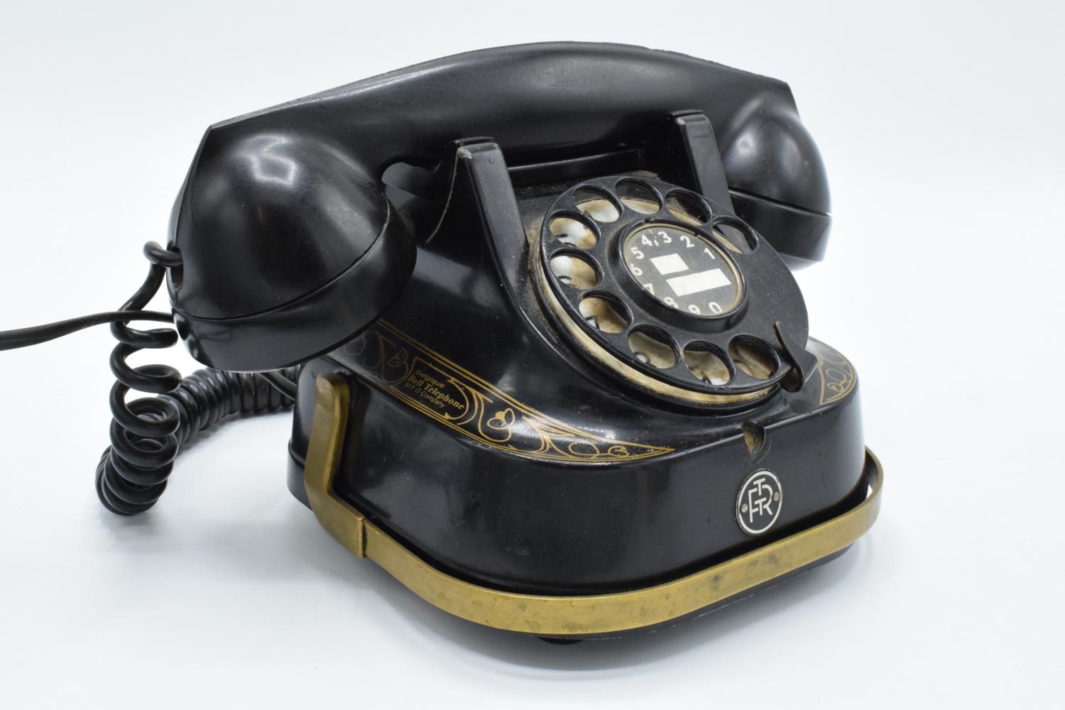 MFG Company Bell Telephone Belgique with Bakelite phone. Displays well. Untested. 16cm tall. - Image 2 of 7