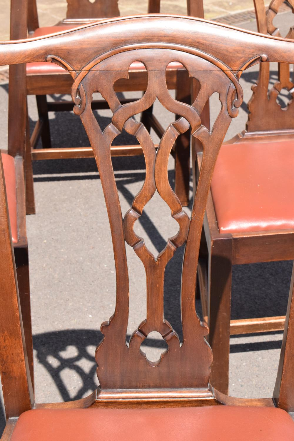 A set of 6 George III mahogany dining chairs circa 1770-1800 (6). 98cm tall. In good functional - Image 3 of 4