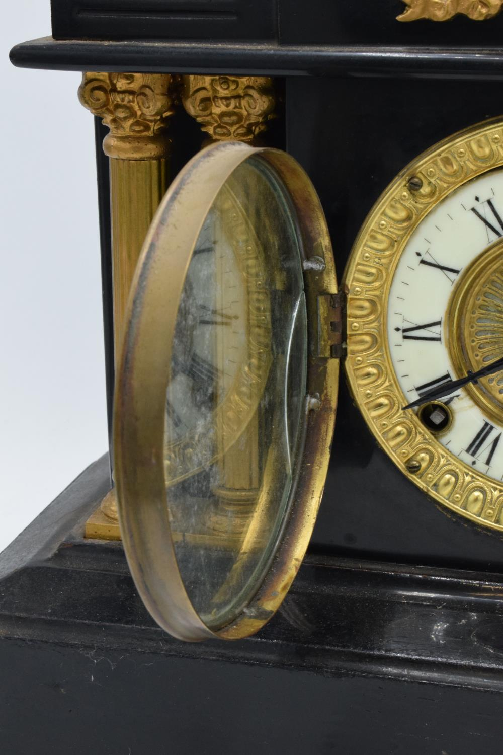 A 19th century mantle clock with gilded pillars with an Ansonia Clock Co movement New York USA. - Image 5 of 9