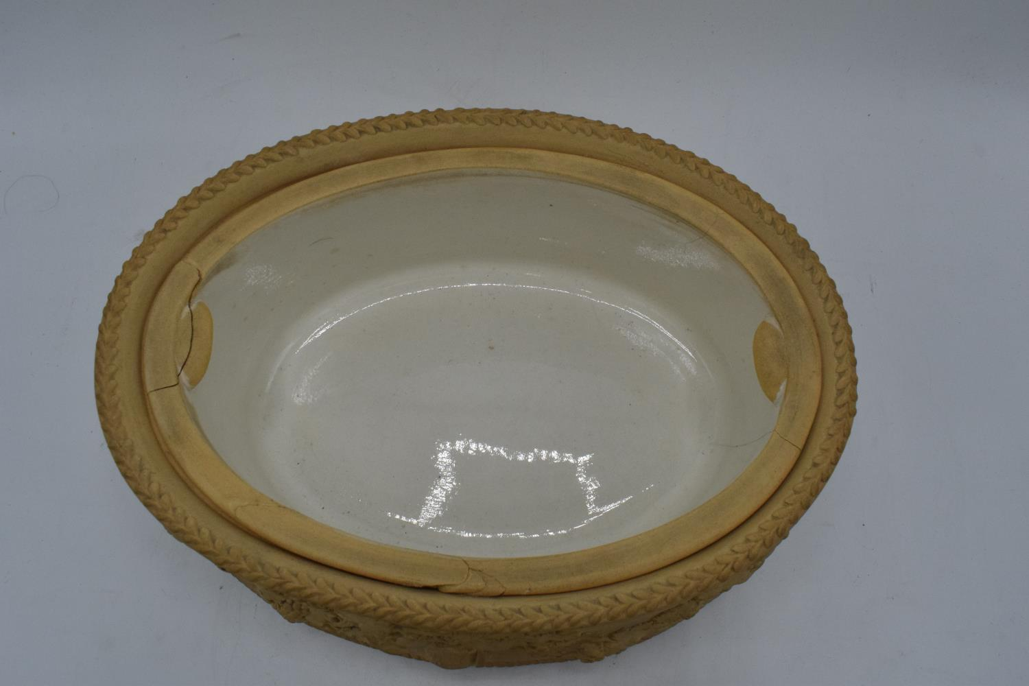 Wedgwood Caneware game pie dish with a rabbit finial (a/f). The main body is in good condition - Image 5 of 9