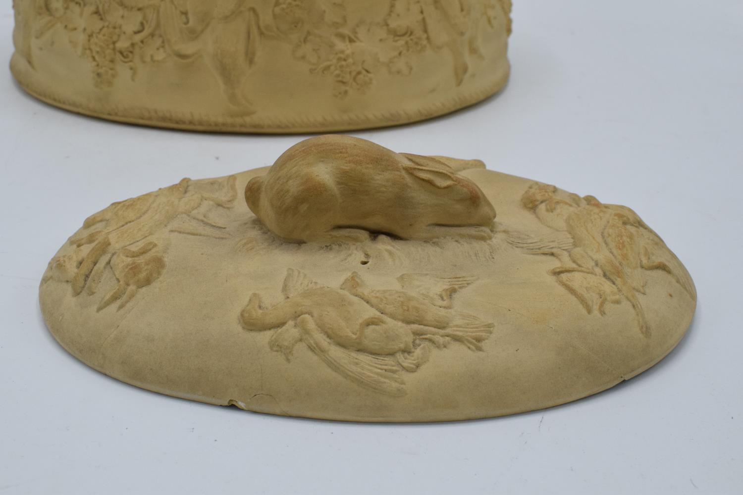 Wedgwood Caneware game pie dish with a rabbit finial (a/f). The main body is in good condition - Image 3 of 9
