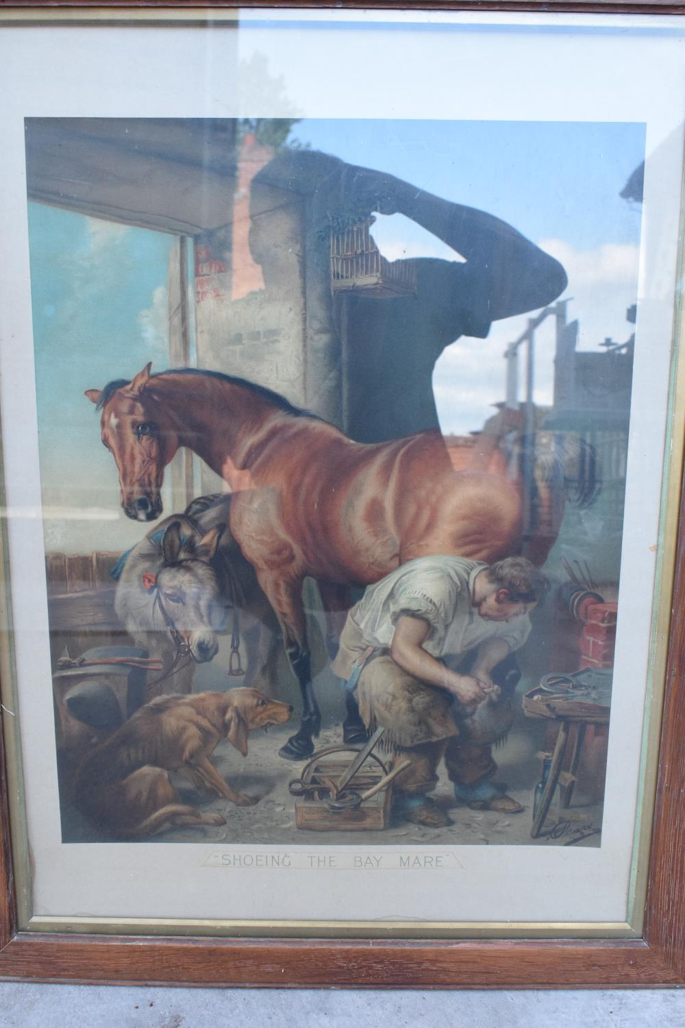 A framed Pears print 'Shoeing the Bay Mare'. 83 x 62cm inc frame. - Image 4 of 5