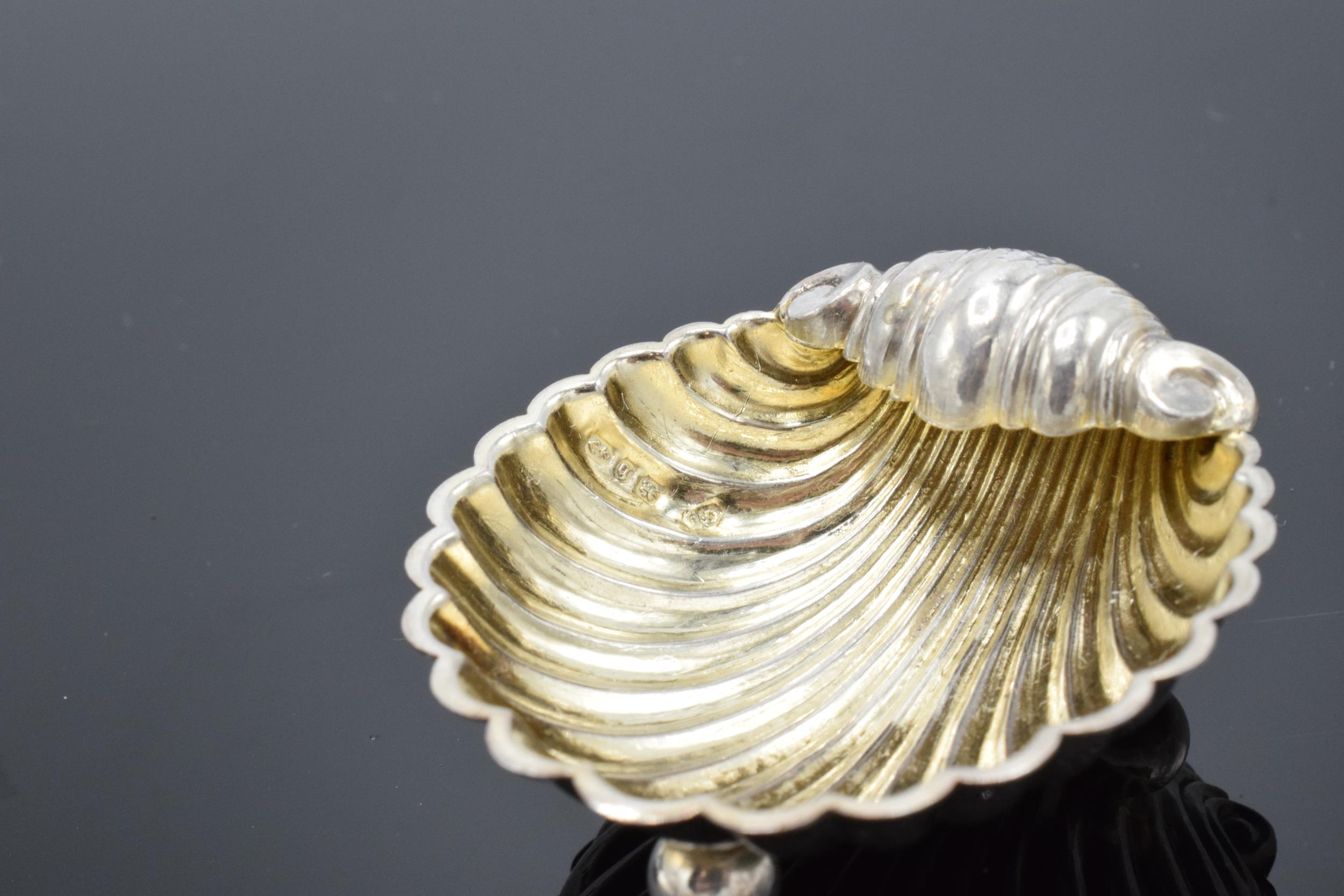 A pair of silver table salts in the form of shells raised on ball feet. Hallmarked for Birmingham - Image 5 of 6