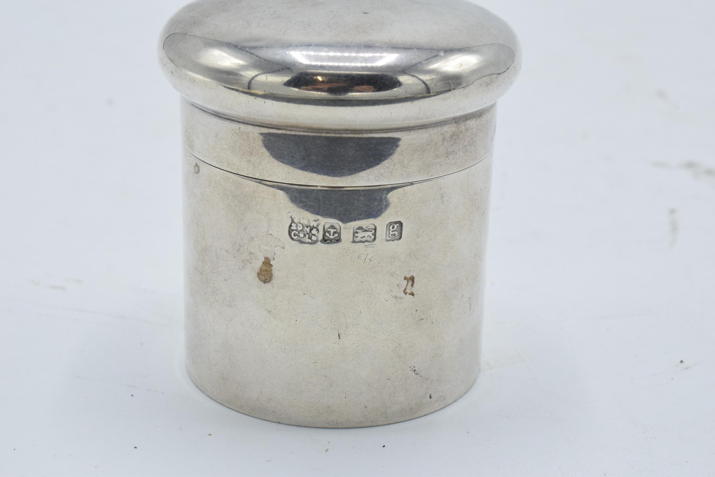 Silver cylindrical lidded pot/ box. Birmingham 1906. 45.4 grams. 5.5cm tall. - Image 3 of 4
