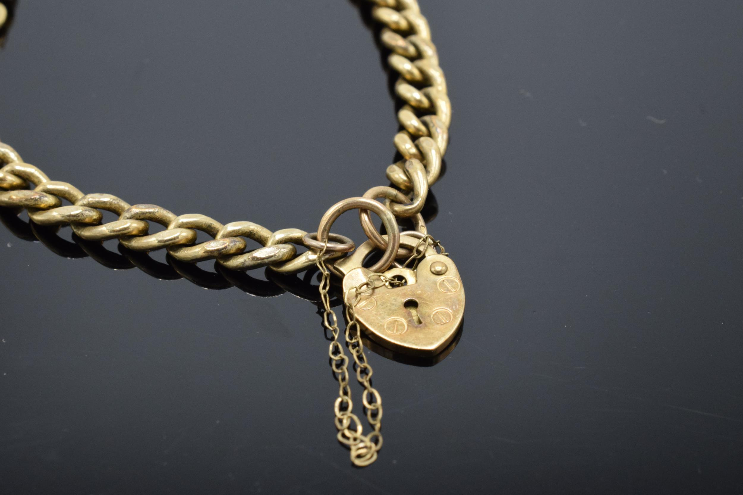 9ct gold hollow link bracelet with some damage 4.7g - Image 2 of 3