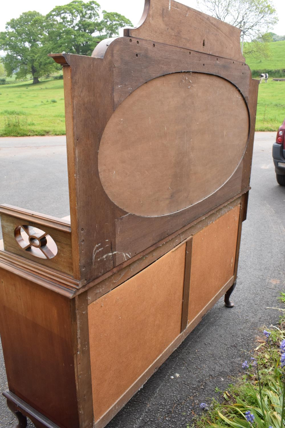 Edwardian mirror backed sideboard/ drinks cabinet. 168 x 56 x 183cm. The top section lifts off and - Image 11 of 11