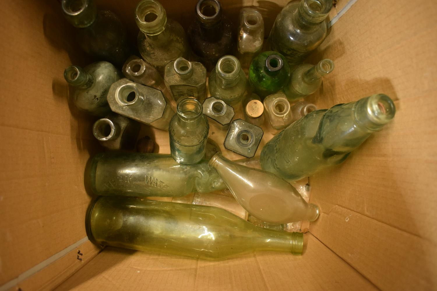 A collection of vintage glass bottles to include local interest such as Uttoxeter, Whaley Bridge etc - Image 3 of 4