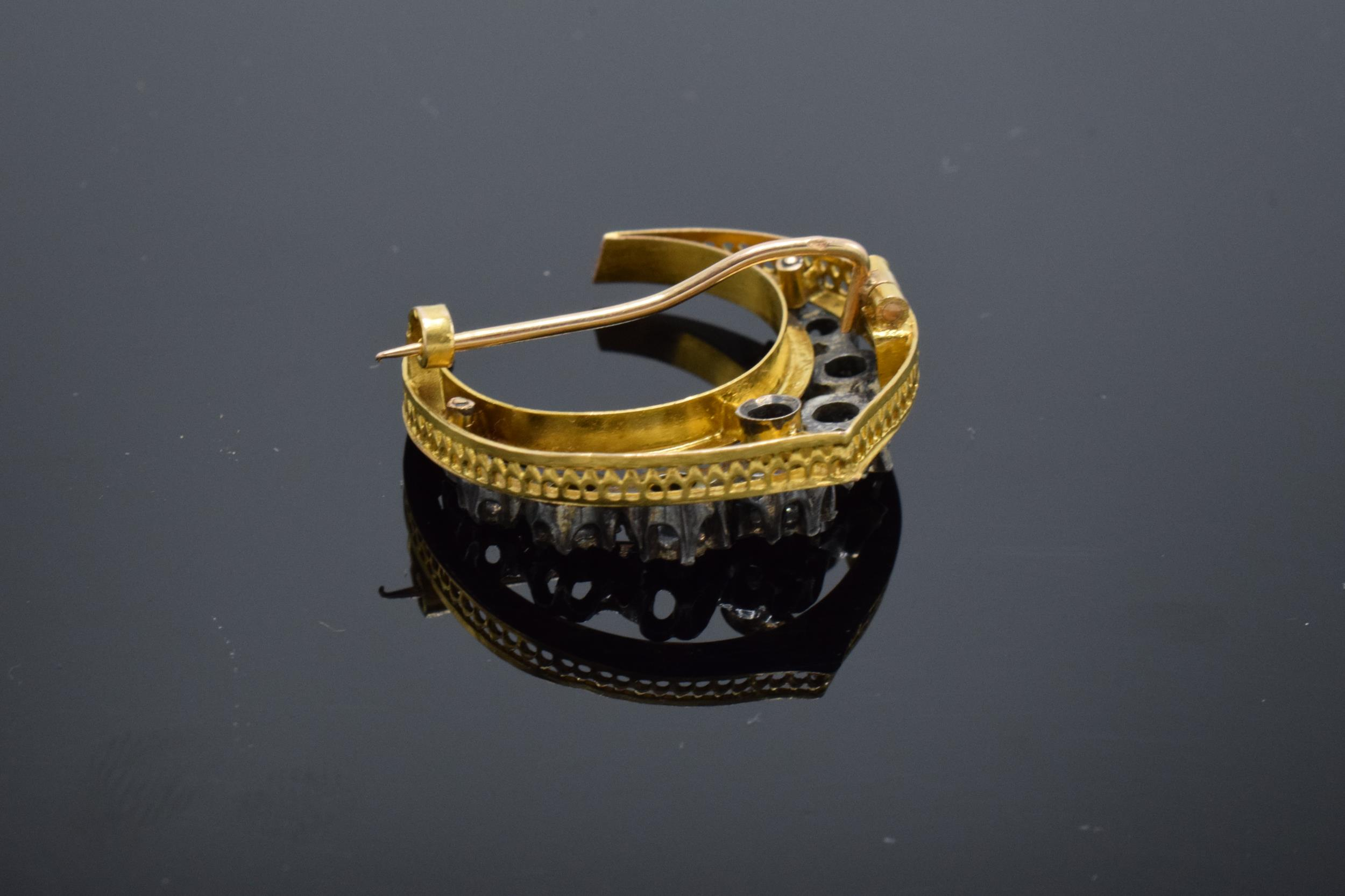French 18ct gold and diamond chip crescent / half moon brooch. Total weight 4.9 grams. - Image 3 of 5