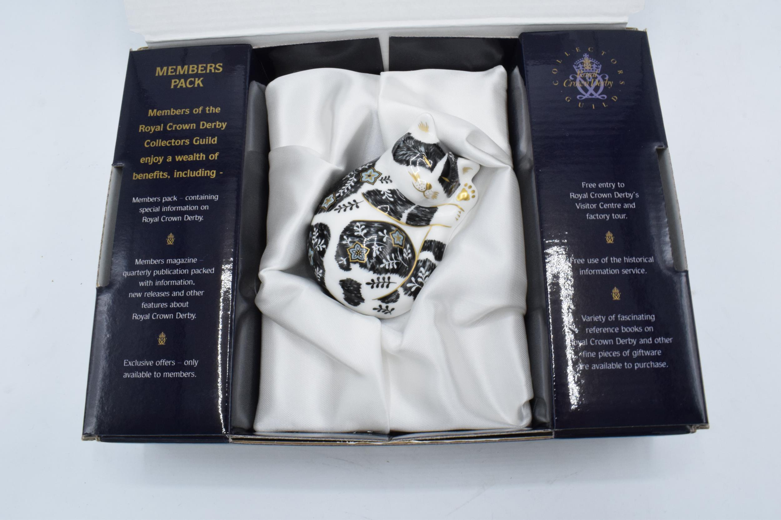 Boxed Royal Crown Derby paperweight in the form of Misty the Kitten. Exclusive for the RCD - Image 2 of 4