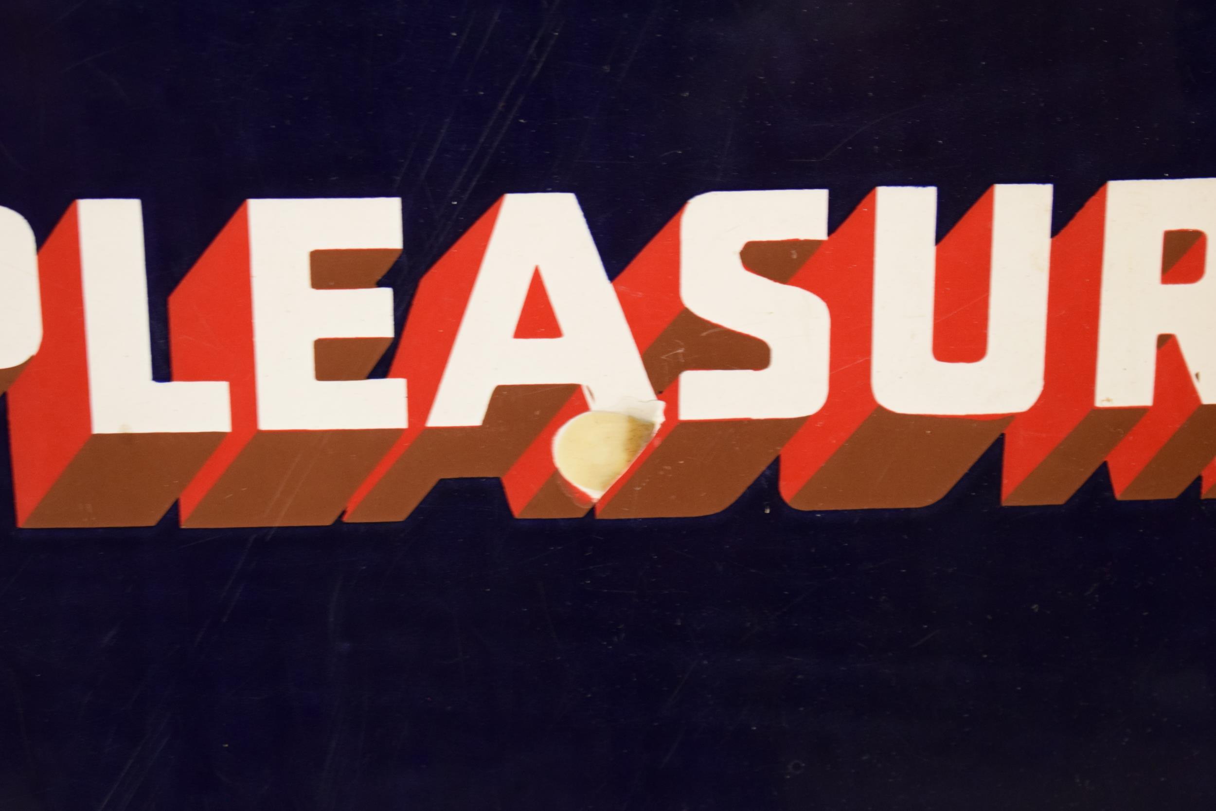 An original vintage enamel sign 'Park Drive For Pleasure, 10 for 4D, Plain or Cork Tip, 5 for 2D'. - Image 3 of 6