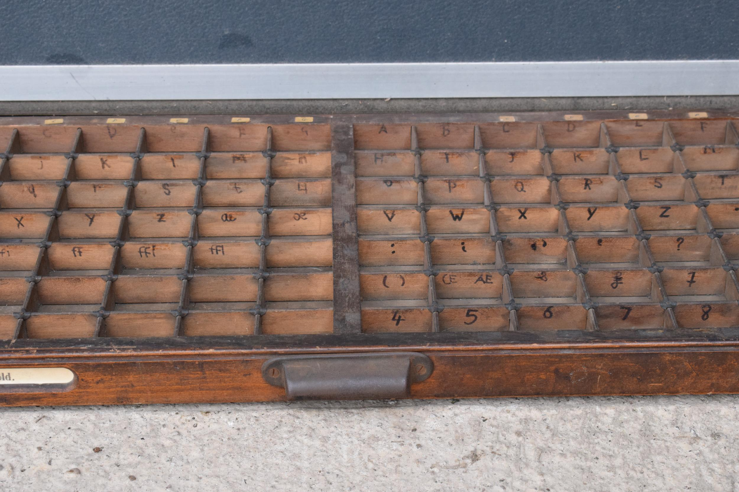 An early 20th century wooden printers letter block tray / rack with brass tacts. 83 x 39cm, (1271). - Image 4 of 6