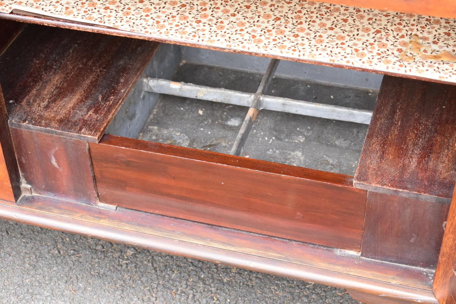 Edwardian mirror backed sideboard/ drinks cabinet. 168 x 56 x 183cm. The top section lifts off and - Image 9 of 11