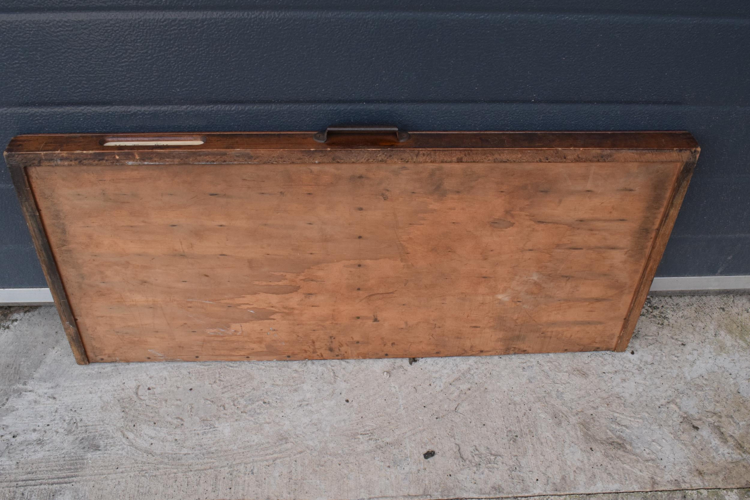 An early 20th century wooden printers letter block tray / rack with brass tacts. 83 x 39cm, (1271). - Image 6 of 6