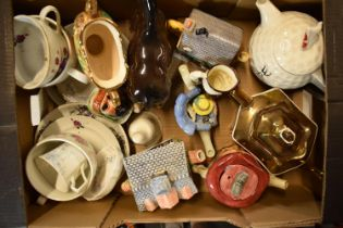A mixed collection of pottery to include a Melba ware horse, Hose Street pottery, novelty teapots