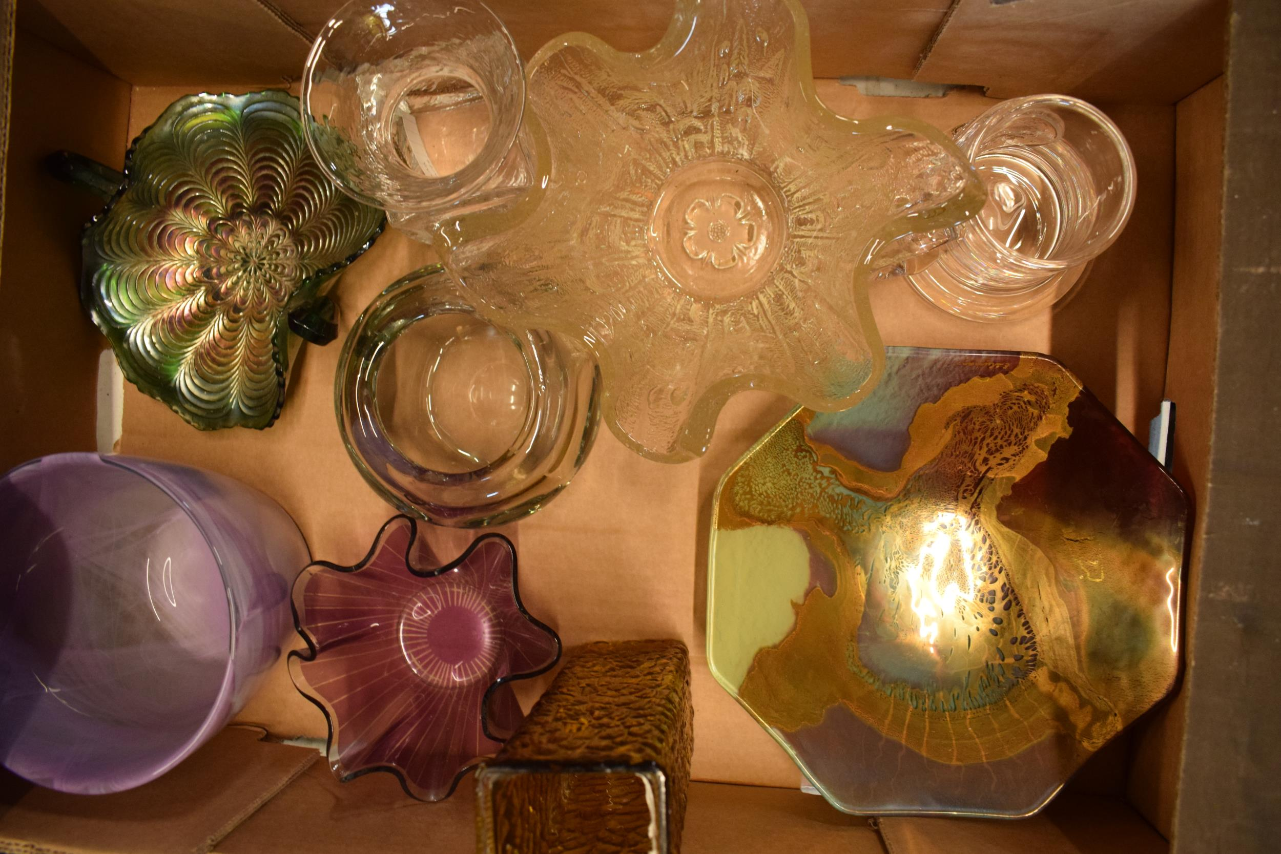 A collection of assorted art / studio glass in the form of a Dartington Crystal SWEB tankard, bowls,