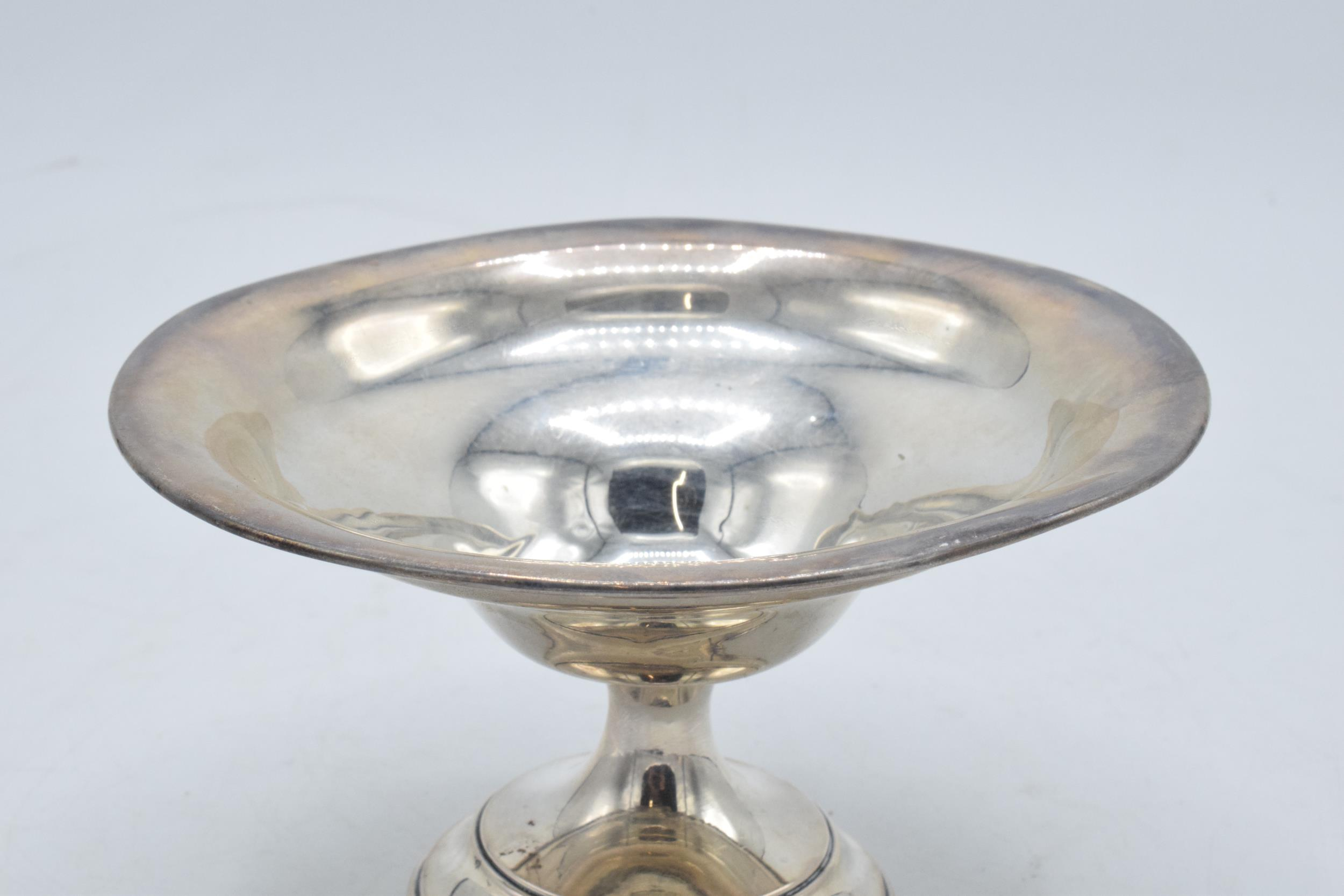 A loaded silver comport hallmarked for Birmingham 1920 or 1945. 14cm diameter. In good condition - Image 2 of 6