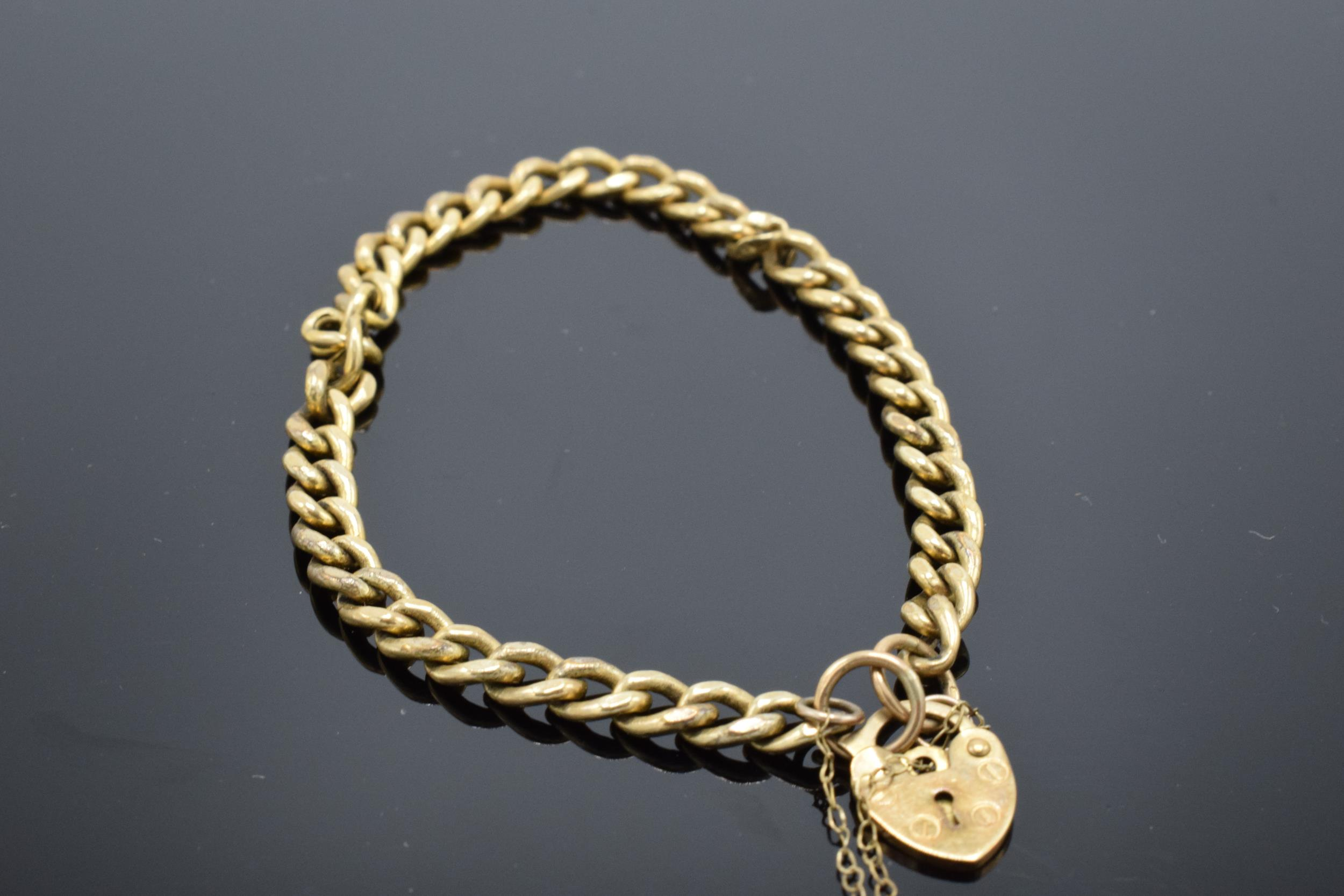 9ct gold hollow link bracelet with some damage 4.7g - Image 3 of 3