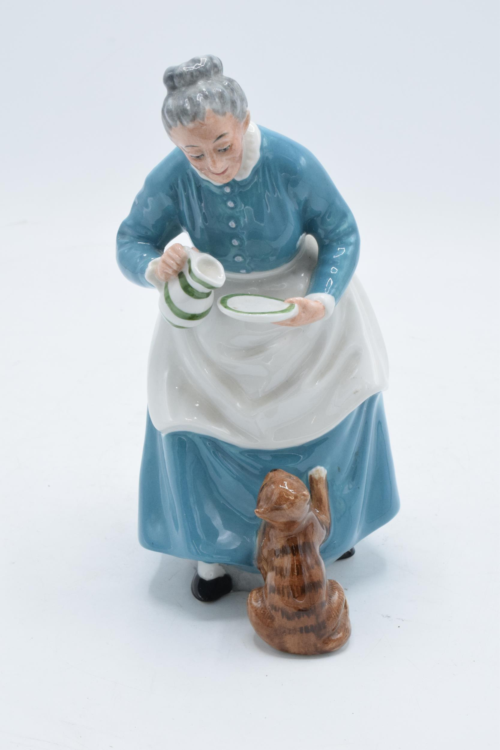 Royal Doulton figure The Favourite HN2249. 19cm tall. In good condition with no obvious damage or