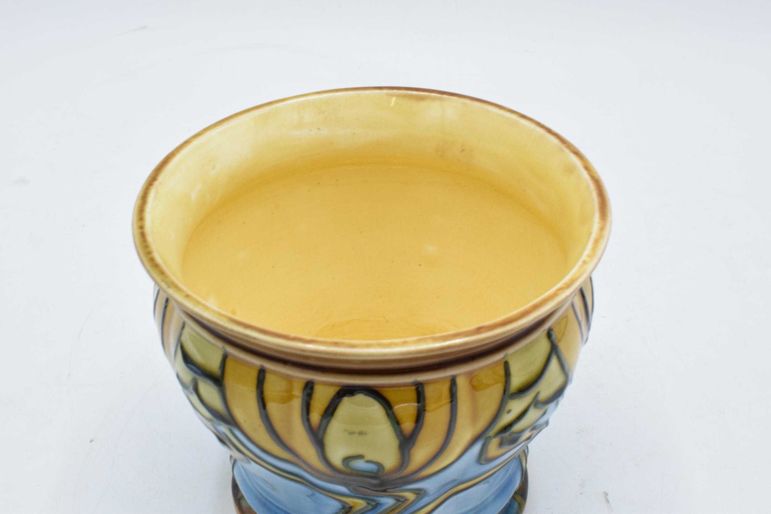 Minton Secessionist Jardinière with a stylised design 'No. 9'. 11cm tall. 12.5 diameter. Condition - Image 4 of 6